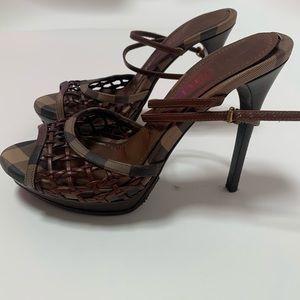 Authentic Burberry Sandals size:eu 38